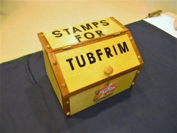 This is Gulfstream Lodge's Tubfrim box made by member Jorgen Fidje